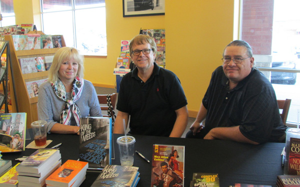 Books-A-Million Signing August 2014